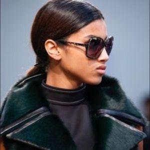 Derek Lam Oversized Broadway Square Sunglasses